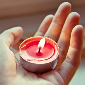 inneres Licht, Herz, Hand, Kerze